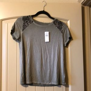 American Eagle tee with lace on shoulders size S